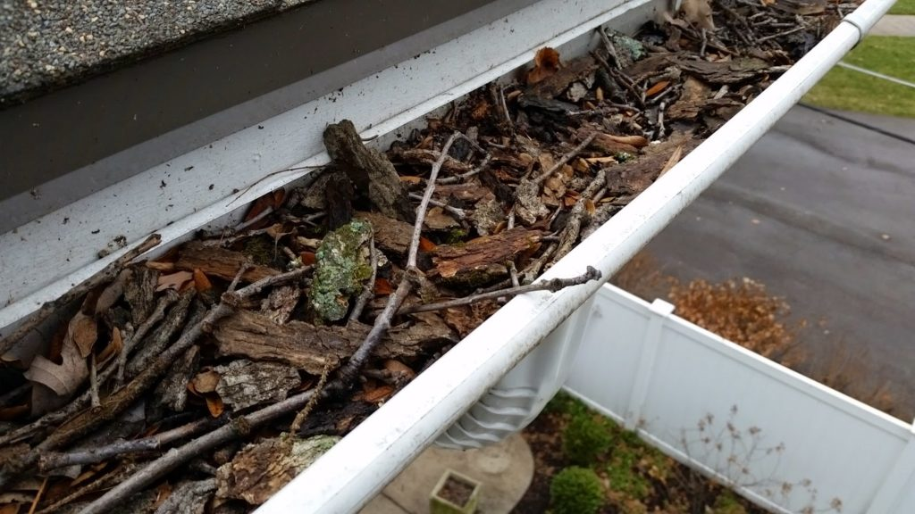 Clogging of Gutter